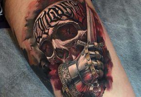 10 Tattoos mit Benjamin Laukis