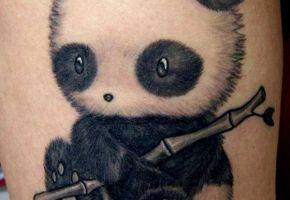 Unwiderstehliche Panda Tattoos
