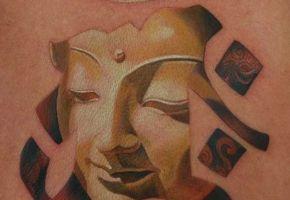 Das heilige Om Tattoo