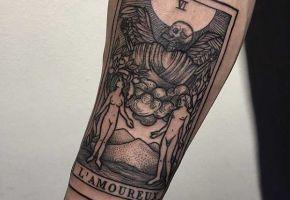 Bedeutungsvolle Tarot-Tattoos