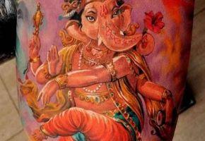 Göttliche Ganesha-Tattoos