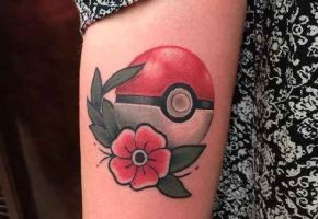 18 coole Pokeball Tattoos