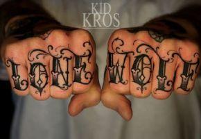 Die Probleme mit den Finger Tattoos