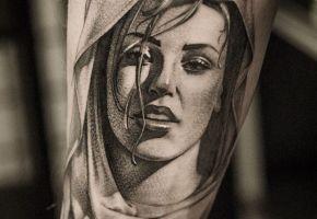Tattoo Artist Maksim Primo