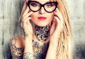 Seltsame Tattoo-Studie