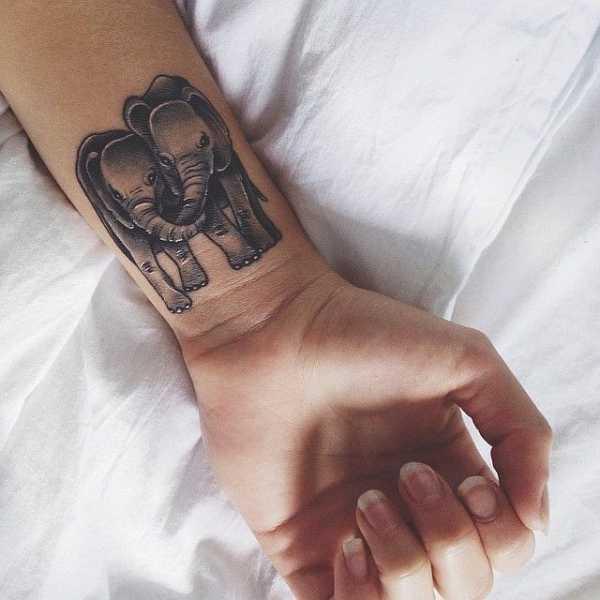 elefanten motive tattoo spirit. Black Bedroom Furniture Sets. Home Design Ideas