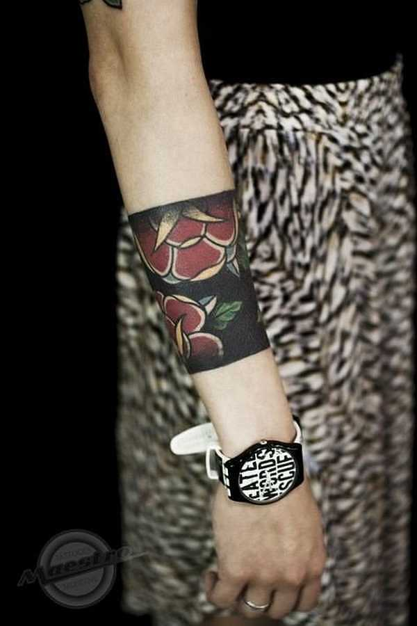 tattoo ringe arm preis modischer schmuck von 2018. Black Bedroom Furniture Sets. Home Design Ideas