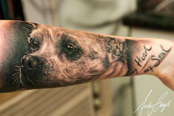 24 wundervolle hunde tattoos tattoo spirit. Black Bedroom Furniture Sets. Home Design Ideas