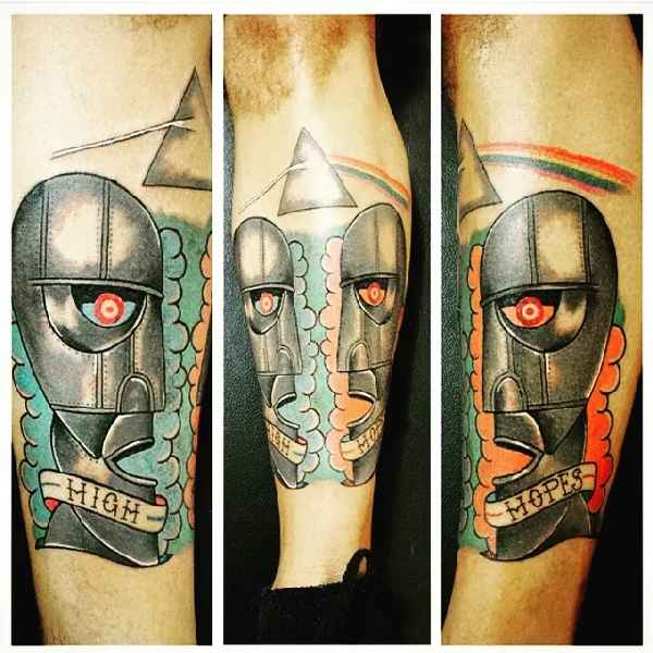 Pink-Floyd-dark-side-of-the-moon-tattoo-Fire Lips