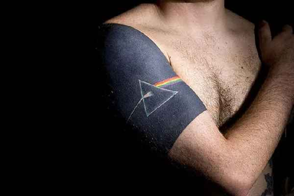 Pink-Floyd-dark-side-of-the-moon-tattoo-Tiago Chediak