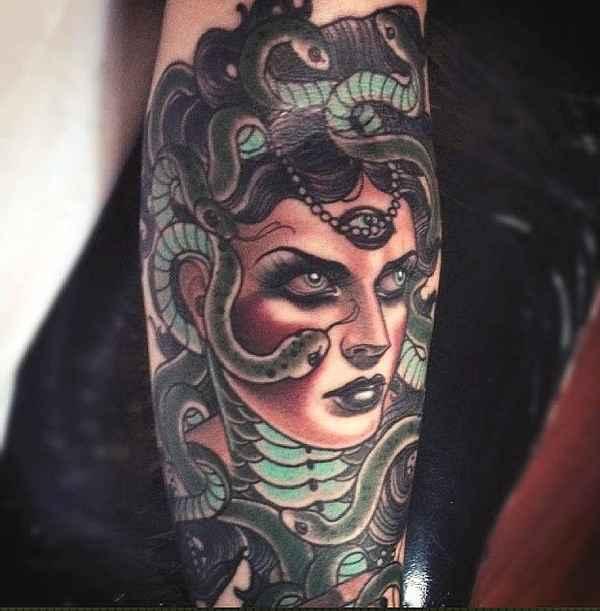 neo-traditional-medusa-tattoo