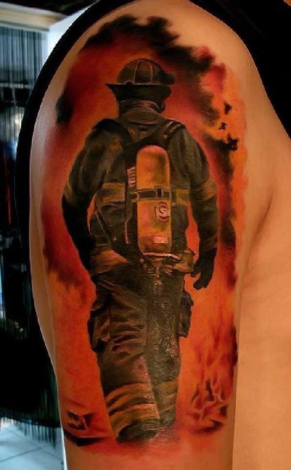 17 grandiose Firefighter-Tattoos – Tattoo Spirit