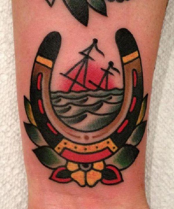 Glücksbringer Tattoos