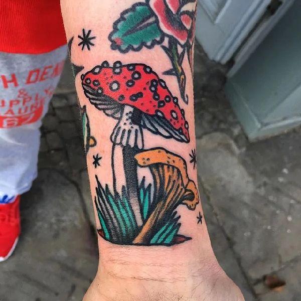 mushroom-tattoo-001-@castorraubadler 001