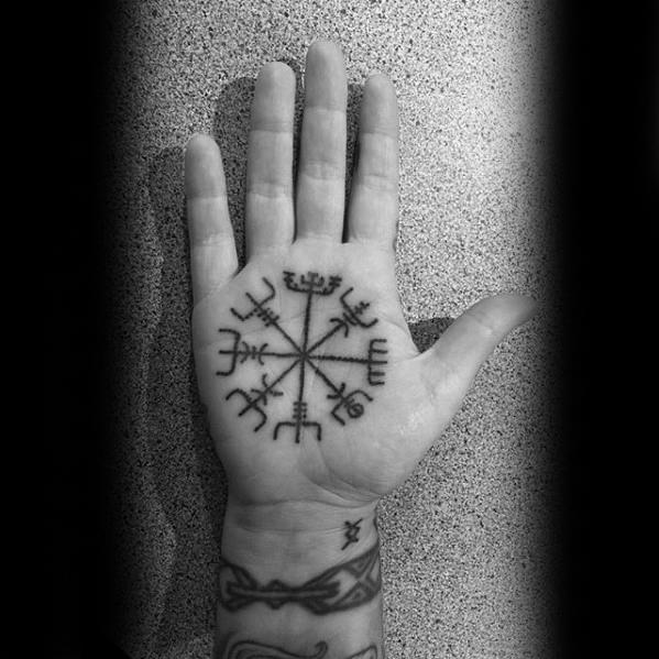 Tattoo-Vegvisir-Viking-Compass-010