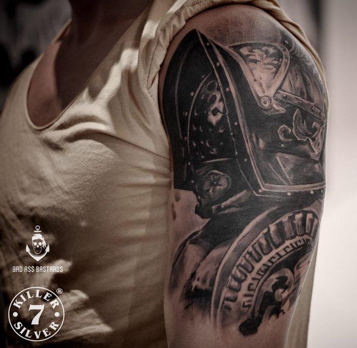Dark-Grey-Tattoo-Essen-008-Kevin